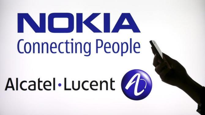 Nokia: trattative per la fusione con Alcatel