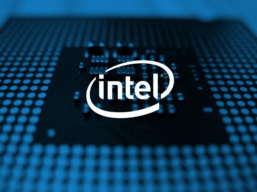 Intel chiude il trimestre con entrate da 17 bilioni di dollari