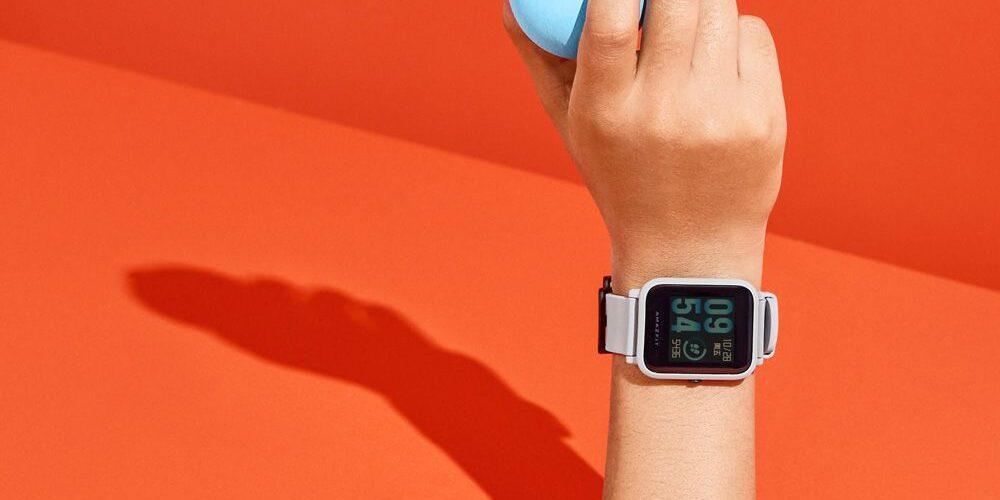 Un Clone dell'Apple Watch che dura con GPS 45 giorni