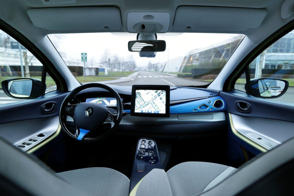 Renault inaugura il primo Store per i veicoli elettrici