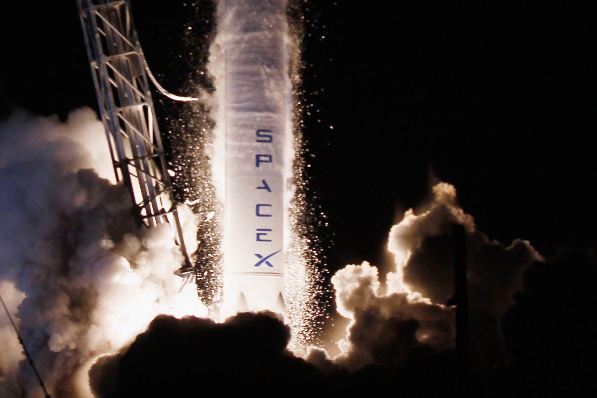 Space X – Parte il progetto della banda larga