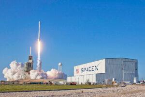 Con il lancio di TESS, SpaceX tenterà di recuperare il razzo superiore