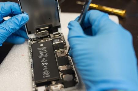 Israele indaga contro il calo di prestazioni Apple