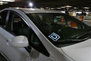 Uber implementa delle nuovi funzioni per la sicurezza degli autisti e passeggeri
