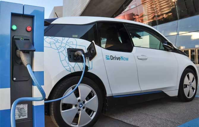 Vendita auto elettriche in Norvegia arriva al 45%