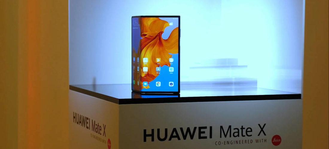 Huawei Mate X –  Lo smartphone pieghevole